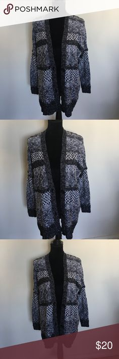 Oversized grandpa cardigan AF Brand new Abercrombie Grandpa cardigan!! In perfect condition never worn!!! Size xs/ s but would also fit a medium! No trades! No try ons! Posh only! It is gray/ black/white Abercrombie & Fitch Sweaters Cardigans