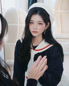 승효 on in 2020 Pretty Korean Girls, Cute Korean Girl, Cute Asian Girls, Beautiful Asian Girls, Cute Girls, Uzzlang Girl, Girl Face, Korean Girl Ulzzang, Tumbrl Girls