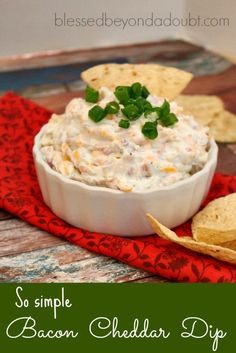 So easy and creamy bacon cheddar dip thats always the hit at a party! Best Appetizer Recipes, Meat Appetizers, Wedding Appetizers, Fondue, Catering Food Displays, Fruit Displays, Best Bacon, Bacon Bacon, Queso Cheddar