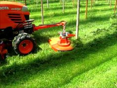 Kubota BX2350 met Swing maaier - YouTube Diy Dog Kennel, Tractor Implements, Tractor Attachments, Kubota, Lawn Mower, Tractors, Meet, Agriculture, Ranger