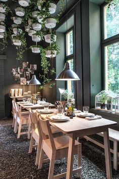 NORRÅKER collectie | Deze pin repinnen wij om jullie te inspireren. #IKEArepint #IKEA #IKEAnl #berken #duurzaam #koper #stoel #tafel #bank