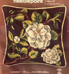 "Vtg 1982 NEW NOS Colorful Poppies Floral 16/"" Throw Pillow Crewel Embroidery Kit"