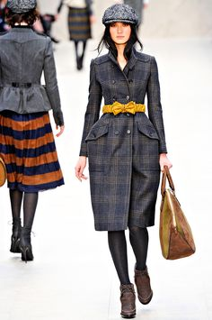 Burberry Prorsum Fall 2012 - totally swooning over the entire show