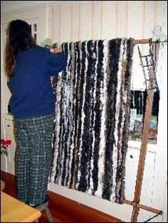 How to make a Rabbit pelt fur Blanket or throw. This is the way some Native Americans have done it. This way, although not as aesthetically pleasing, is easier to make and has less waste than sewing rectangles together.