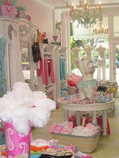Faire Frou Frou boutique, pretty store