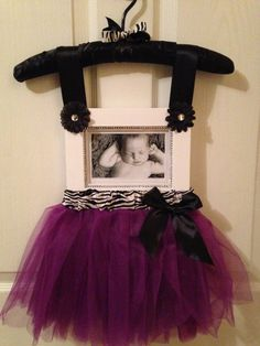 It will make the perfect gift for a baby shower, dance recital, birthday, holiday or a newborn baby present. Baby Shower Presents, Baby Presents, Baby Shower Gifts, Diy Baby Gifts, Baby Crafts, Diy And Crafts, Shower Bebe, Girl Shower, Ideas Dormitorios