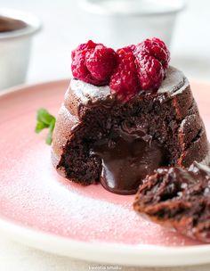 Köstliche Desserts, Delicious Desserts, Tiramisu, Foundant, Cupcake Cakes, Cupcakes, Lava Cakes, Cake Art, Cheesecake