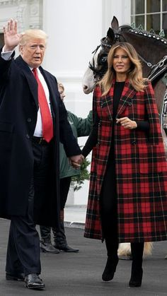 President & First Lady Melania Trump, arrival of Christmas Tree 2018 Hot Outfits, Classy Outfits, Milania Trump Style, Melania Knauss Trump, Trump Picture, Malania Trump, Donald And Melania, Trump Is My President, First Lady Melania Trump