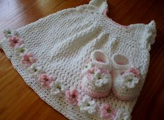 Baby Dress and Matching Booties Shoes crochet pattern, Mary Jane Booty and Dress on Etsy, €4,16