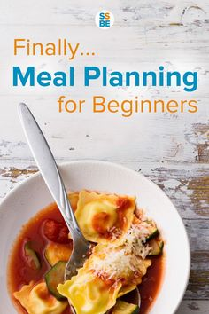 Planning your meals saves you money, time and hassles. Plus, it isn't the complicated system you sometimes see. Read about meal planning for beginners and start enjoying the benefits of organizing your weekly dinners.