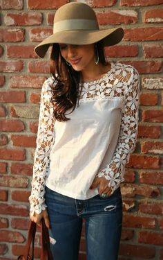 Stylish Scoop Neck Long Sleeve Crochet Flower Spliced Women's Blouse