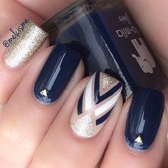 Blue gold and glitter nail art #nail #nailart