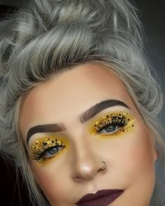 Biene schminken zu Fasching – Simple Anleitung und spannende Ideen für Groß und Klein #halloween #blumen #com #superhelden #www #makeup #kinderschminken