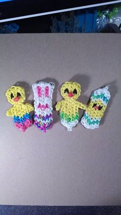 Rainbow loom EASTER bracelets. Designed and loomed by Denise Christensen James. (Rainbow Loom FB page)