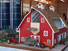 Scale-model builder Tim Carlson wins champion& trophy with his first entry at the National Farm Toy Show. Wooden Toy Barn, Barn Wood, Kids Barn, Farm Show, Niklas, Farm Toys, Farm Barn, Barn Plans, Wood Toys