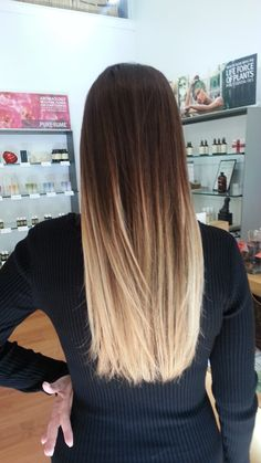 Straight ombre hair tye and dye blonde, dark brown to blonde balayage, blonde ombre Straight Ombre Hair, Blond Ombre, Red Ombre, Long Ombre Hair, Dark Brown To Blonde Balayage, Ombre Color, Hair Colour, Blonde Ends Dark Roots, Ombre On Brown Hair