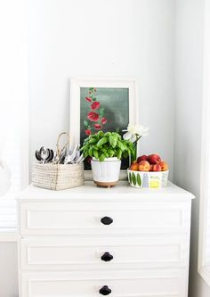 A Summer Kitchen Tour with Simple Summer Kitchen Decorating Ideas! Easy ideas to make your home feel fresh for the sunniest season of all. Summer Kitchen, House Tours, Kitchen Decor, Make It Yourself, Simple, Kitchens, Decorating Ideas, Fresh, Furniture
