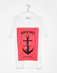 Text print T-shirt. Discover this and many more items in Bershka with new ea2c663e28