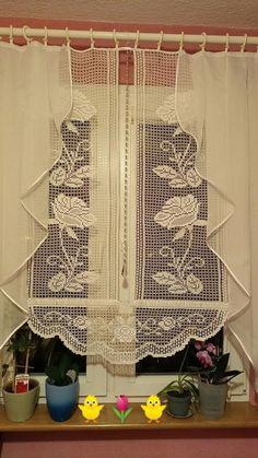 Crochet Flower Tutorial, Crochet Flowers, Bargello Needlepoint, Valance Curtains, Shower, Home Decor, Crochet Curtains, Dots, Needlepoint
