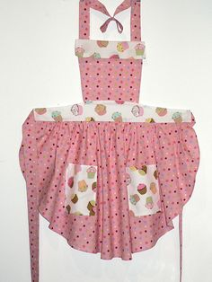 Cupcake Apron- Great round-cut skirt, fabric mix.