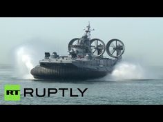 Race of Heroes: World's largest hovercraft opens military sports event in Russia