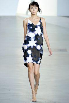 3.1 Phillip Lim Spring 2012 Ready-to-Wear Fashion Show - Xiao Wen Ju