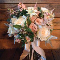 {Wedding Blooms} #bride #flowers #boutique #bouquet #perth #perthflorist #perthwedding #perthweddingstylist #weddingflowers #poppyandwillow #luxe #love #perthweddingstylist #weddingswa #poppyandwillow #poppyandwillowblooms