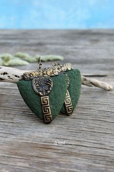 Bohemian Earrings Art Deco Green Black earrings by Lelandjewelry