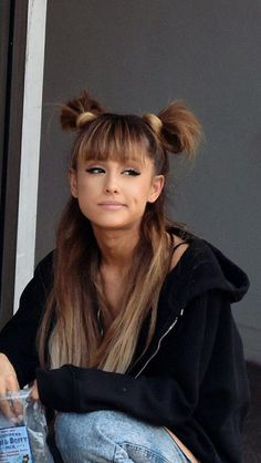 Revlon One-Step Hair Dryer And Volumizer Hot Air Brush, Black - Revlon One-Step Hair Dryer And Volumizer Hot Air Brush, Black ariana grande image – localzombie - Ariana Grande Fotos, Ariana Grande Images, Ariana Grande Outfits, Ariana Grande Bangs, Ariana Grande Cute, Ariana Grande Hairstyles, Ariana Grande 2018, Ariana Hrande, Ariana Grande Tumblr