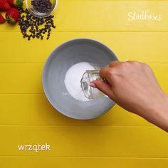 Zalej galaretkę krystaliczną wrzątkiem i dokładnie wymieszaj. Cotton Candy, Cooking Recipes, Kitchen Appliances, Diy Kitchen Appliances, Home Appliances, Chef Recipes, Kitchen Gadgets, Floss Sugar