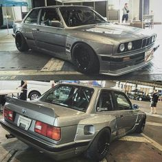 BMW E30 M3 #Widebody Bmw E30 325, Bmw E34, Classic Japanese Cars, Bmw Classic Cars, Jeep Cars, Bmw Cars, Bmw M Series, Bmw 2002, Sport Cars