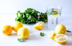 Benefits of Lemon Water. Lemon juice is a very powerful antioxidant. A glass of warm lemon water is one of the most beneficial morning routines. Healthy Food List, Healthy Meals For Two, Healthy Snacks For Kids, Healthy Dinner Recipes, Eating Healthy, Lemon Water Benefits, Lemon Health Benefits, Health Snacks, Health Eating