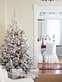 33 Exciting Silver And White Christmas Tree Decorations Shabby Chic Christmas, Silver Christmas, Merry Little Christmas, Christmas Love, Beautiful Christmas, Christmas Holidays, Christmas Trees, Holiday Tree, Xmas