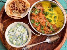 Pui cu unt în stil indian/Butter chicken Indian Butter Chicken, Carne, Gray, Ethnic Recipes, Food, Grey, Essen, Meals, Yemek
