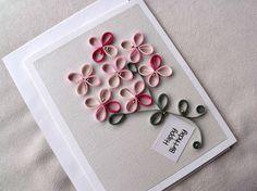 tarjeta de cumpleaños tubulares de papel hecho a mano
