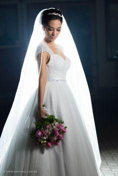 night✨Com essa foto Linda!    Quer um foto linda assim sua no seu casamento?    Entre em contato conosco!  contato@aboveall.com.br      #Fotografiadecasamento #AboveFotografia #Noivei #Casamento #Noiva #Bride #Wedding #SaoPaulo #Love @centernoivas #soumaiscenter