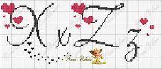 ENCANTOS EM PONTO CRUZ: Monograma em Ponto Cruz de Coração Cross Stitch Letters, Cross Stitch Borders, Cross Stitch Baby, Cross Stitch Designs, Cross Stitching, Cross Stitch Embroidery, Stitch Patterns, Embroidery Alphabet, Embroidery Monogram