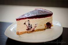 cheesecake cu visine, reteta cheesecake cu visine, cheesecake cu visine fara coacere, cheesecake fara coacere cu branza de vaci, cheesecake fara coacere cu visine Cheesecakes, Easy Desserts, Sweet, Food, Deserts, Candy, Essen, Cheesecake, Meals