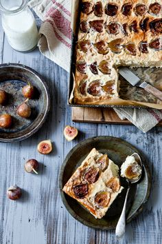 Gateau De Riz Aux Figues.......  (rice pudding with figs)..  I am just slightly fig obsessed ;)