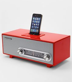 "Crosley Ranchero iPod Dock Retro style meets modern music with the Crosley Ranchero iPod Dock. Inspired by the 1950s, this dock both charges and plays your iPod or iPhone and features an AM/FM radio. Pump up the volume or change the station using sleek silver chrome knobs. Analog tuner. Includes AC powder adapter. Measures 16.7""x8.2""x6.8"""