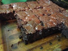 Almond Flour Brownies - gluten free * Cant wait to try these.I've got almond flour just waiting for a recipe! Paleo Sweets, Paleo Dessert, Low Carb Desserts, Gluten Free Desserts, Healthy Desserts, Dessert Recipes, Paleo Food, Heathy Sweets, Paleo Baking