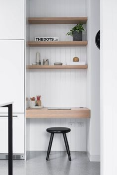 Modern Home Office Organization Small Spaces 38 Ideas For 2019 Decor, Small Workspace, Home Office Design, Shelves, Interior, Office Design, Home Decor, House Interior, Kitchen Office