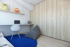 Bold decor schemes with modern minimalist flair Student Bedroom, Kids Bedroom, Kids Rooms, Bedroom Ideas, Kid Spaces, Small Spaces, Wooden Cupboard, Dressing, Hanging Shelves