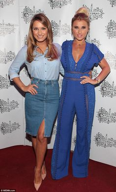 Stunning Sam Faiers puts on a leggy display while sister Billie flaunts her cleavage in plunging jumpsuit as they attend Dubin bar launch | Daily Mail Online