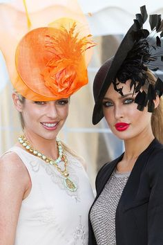 Check out the fabulous style at the Best Dressed Lady competition at Gigginstown House in Kilbeggen. Derby Attire, Derby Hats, My Beauty, New Outfits, Nice Dresses, Racing, Lady, My Style, Fascinators