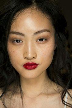 Minimal face n eye  makeup + red lips
