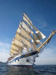 The Royal Clipper Sailboat Yacht, Yacht Boat, Old Sailing Ships, Love Boat, Yacht Design, Sail Away, Set Sail, Tall Ships, Water Crafts