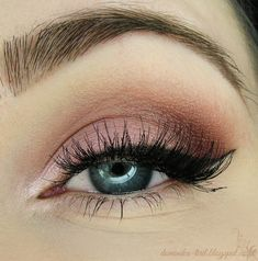 Lovely subtle 'Candy' look by Tiril using Makeup Geek's Burlesque, Cupcake, and Peach Smoothie eyeshadows.