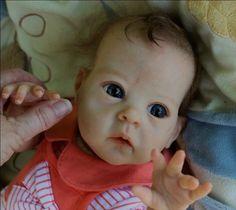 Angelina, bébé reborn du kit Saoirse de Bonnie Brown est prête à prendre la route ! - Bébé reborn - la nurserie bébé reborn de L'Atelier Reb...
