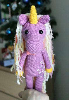 Shy unicorn amigurumi pattern
